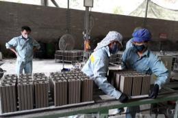 Quyết liệt hơn trong sử dụng vật liệu xây dựng từ tro xỉ