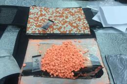Hải quan Tân Sơn Nhất thu giữ 12,5 kg thuốc lắc gửi qua đường chuyển phát nhanh