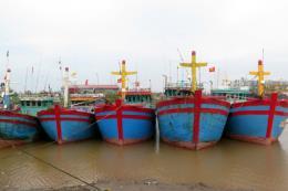 Phó Thủ tướng Trịnh Đình Dũng: Theo dõi chặt diễn biến bão số 3 để chủ động ứng phó