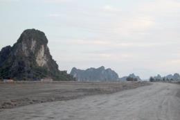 Quảng Ninh thu hồi gần 400 dự án chậm tiến độ, vi phạm pháp luật