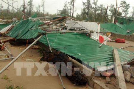 Tổng hợp thiệt hại do bão số 10 tại miền Trung
