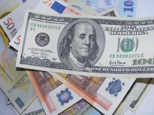 Giá vàng, đô la Mỹ đồng loạt tăng