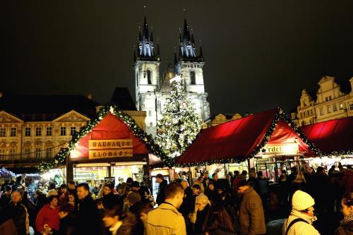 Chợ Giáng sinh làm nên nét độc đáo của Praha