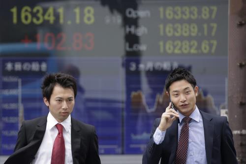 Các thị trường chứng khoán châu Á đồng loạt đi xuống phiên 29/6
