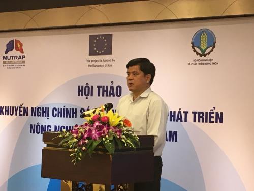 Thứ trưởng Bộ Nông nghiệp và Phát triển nông thôn Trần Thanh Nam cho rằng các doanh nghiệp trong nước đã nỗ lực đầu tư vào sản xuất nông nghiệp hữu cơ. Ảnh:Thành Trung/BNEWS/TTXVN