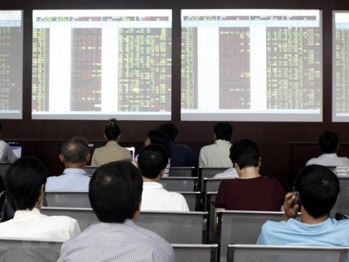 Một số cổ phiếu trong VN30 tăng khá mạnh đầu phiên sáng 24/3