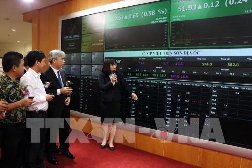 VPS dẫn đầu thị phần môi giới cổ phiếu quý III/2020 trên HNX