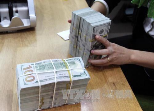Giá USD hôm nay 7/4 đồng loạt tăng