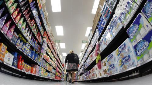 Conference Board: Niềm tin của người tiêu dùng Mỹ tăng mạnh nhất trong 17 năm