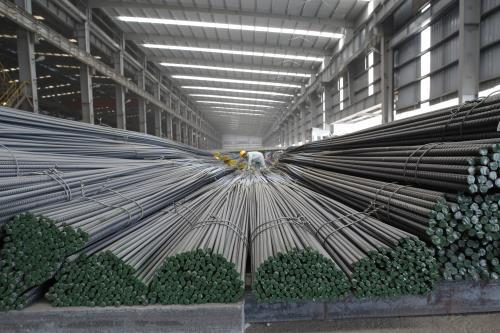 Tháng 4, xuất khẩu thép xây dựng Hòa Phát tăng 17%