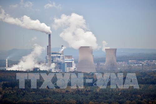 Nhật Bản xem xét lại tiêu chí khí thải để tăng khả năng thu hút vốn doanh nghiệp