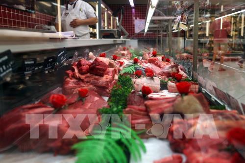 Trung Quốc vẫn liên lạc với Australia để giải quyết việc cấm nhập thịt bò