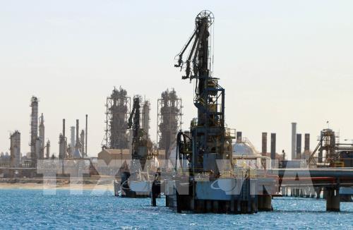 Giá dầu thế giới tăng nhẹ. Ảnh minh họa: TTXVN