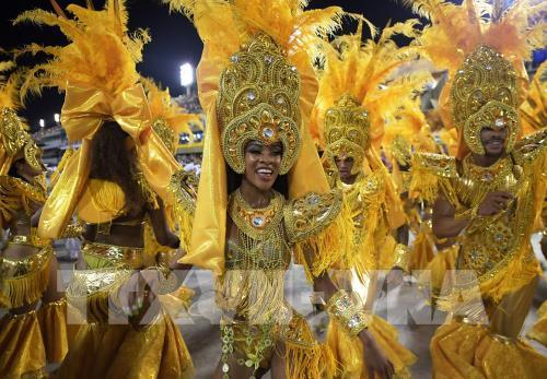 Brazil lần đầu tiên không tổ chức lễ hội Carnival Rio de Janeiro sau 108 năm tồn tại