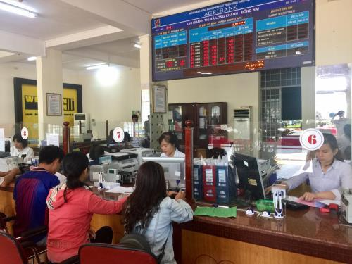 Agribank miễn phí chuyển tiền hỗ trợ người dân gặp khó do dịch COVID-19