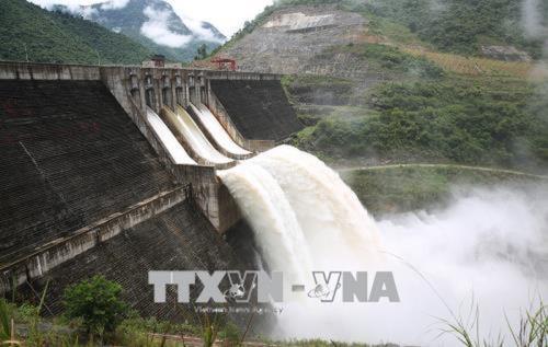 Lai Châu: Thủy điện Huội Quảng – Bản Chát dự kiến xả nước qua đập tràn