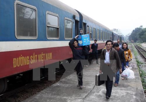 Đường sắt tạm dừng đón trả khách tại ga Đà Nẵng