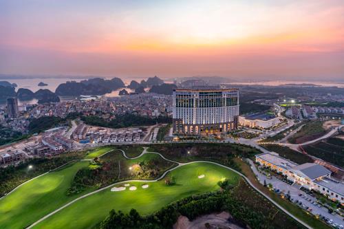 Quảng Ninh - Đất vàng phát triển bất động sản nghỉ dưỡng