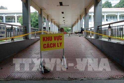 Dịch COVID-19 tối 28/9: Việt Nam có 3 ca mắc mới được cách ly ngay khi nhập cảnh