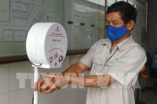 Việt Nam-Trung Quốc giao thương trực tuyến sản phẩm phòng chống dịch