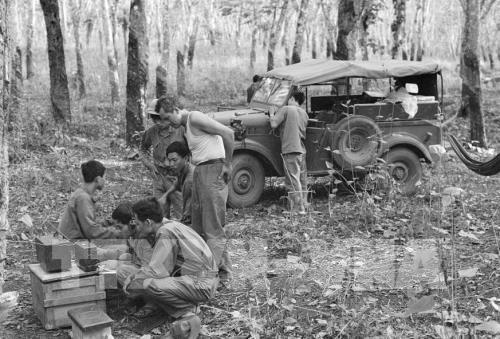 """""""Lính"""" thông tấn với Chiến dịch HCM lịch sử - Bài 2: Chiến sĩ thông tin ở tuyến đầu"""