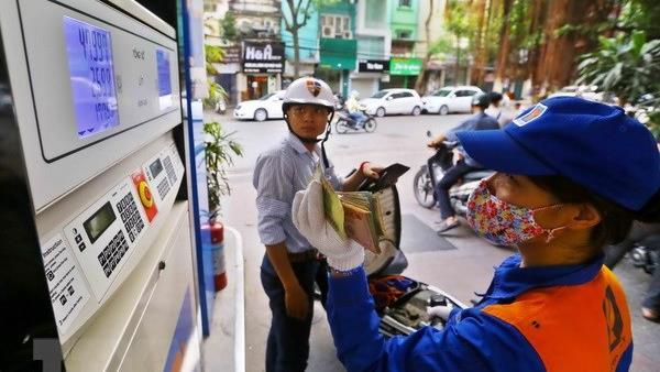 Giá xăng, dầu đồng loạt giảm mạnh từ 15h