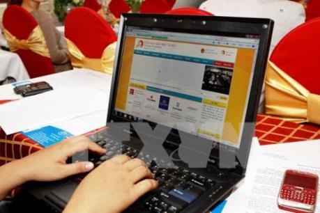 Giúp doanh nghiệp tiếp cận giao dịch qua mạng