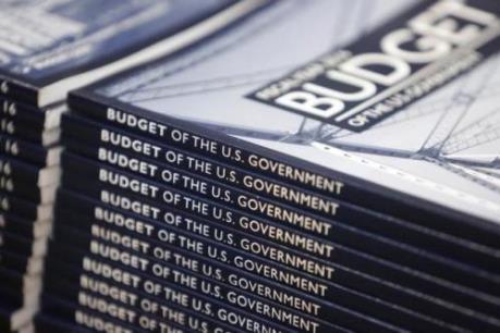 Mỹ tiến gần hơn đến mục tiêu cắt giảm thâm hụt ngân sách
