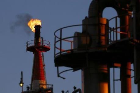 Giá dầu tăng trên thị trường châu Á