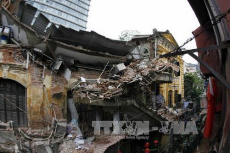 Báo động về tình trạng mất an toàn nhà phố cổ