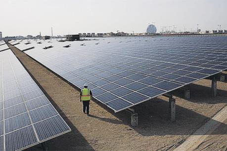 UAE đầu tư 35 tỷ USD phát triển năng lượng sạch