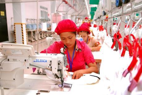 Tham gia AEC, lao động Việt Nam sẽ phải cạnh tranh khốc liệt