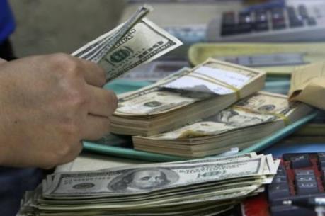 Đồng USD xuống giá so với đồng yen do nhu cầu đầu tư an toàn