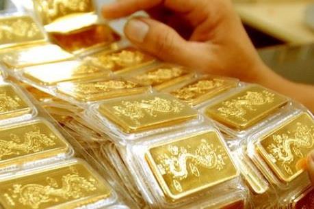 Giá vàng giảm, thấp nhất trong 3 tháng qua