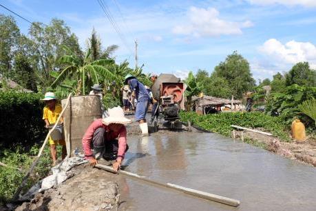 Xây dựng nông thôn mới: Không bắt buộc người dân đóng góp