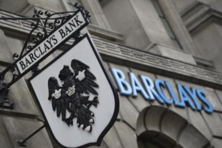 10 ngân hàng lớn nhất toàn cầu sụt giảm doanh thu