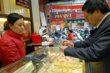 Tạm giam đối tượng dùng vàng giả lừa đảo, chiếm đoạt hơn 1 tỷ đồng