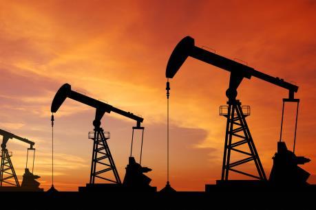 Giá dầu trong tuần liên tiếp chạm các mức đáy mới