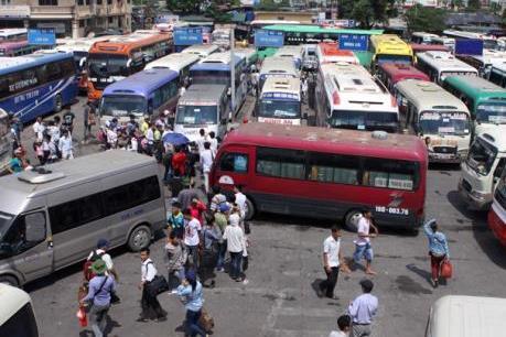 Sau Tết dương lịch tại Hà Nội: Các bến xe đông nhưng không ùn ứ