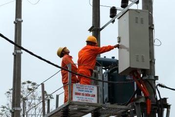 Khởi công dự án cung cấp điện lưới Quốc gia tại xã Chiềng Bôm