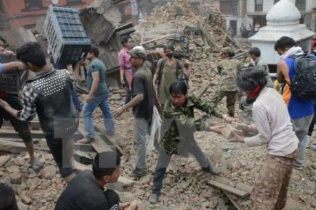 Động đất mạnh tại Indonesia khiến nhiều người thương vong