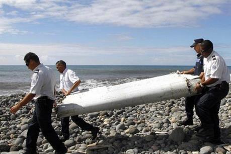 Phát hiện mảnh vỡ nghi của máy bay MH370 ở Thái Lan