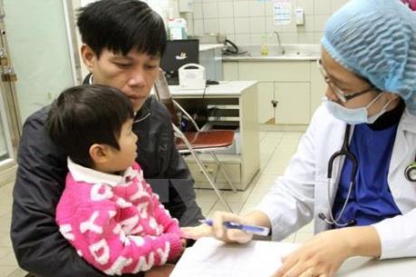 Cảnh báo tình trạng bố mẹ ngại đưa trẻ đi khám chữa bệnh trong ngày lạnh giá