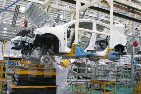 Chỉ số sản xuất công nghiệp tăng gần 6% trong tháng đầu năm