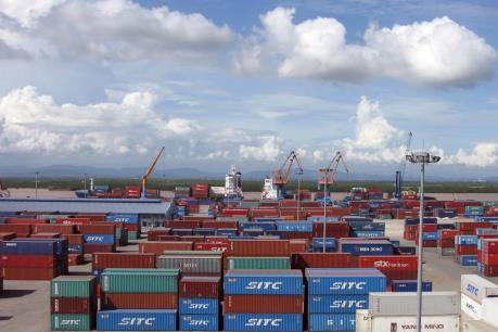 Sôi động không khí sản xuất cuối năm tại cảng Thị Nại