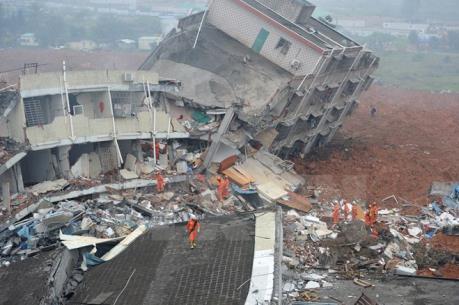 Vụ động đất tại Đài Loan (Trung Quốc): Hàng trăm người đang bị mắc kẹt
