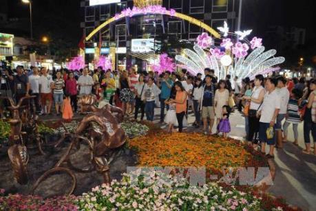 Các điểm vui chơi tại Thành phố Hồ Chí Minh rộn ràng không khí đón Tết