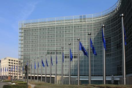 Thủ tướng Anh quả quyết thỏa thuận với EU sẽ có tính ràng buộc pháp lý