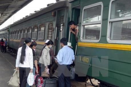 Lập tổ công tác xem xét thủ tục đầu tư 160 toa xe lửa đã qua sử dụng của Trung Quốc