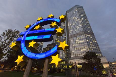 Lạm phát tại Eurozone cách xa mục tiêu của ECB